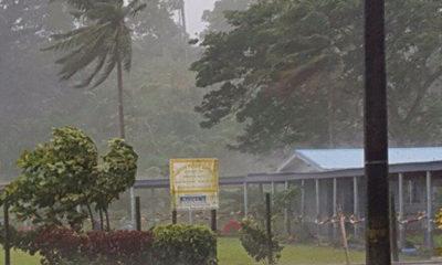 ဆိုင်ကလုန်း မုန်တိုင်း ဝင်စတန် တိုက်ခတ် နေစဉ် (ဓာတ်ပုံ-အင်တာနက်)