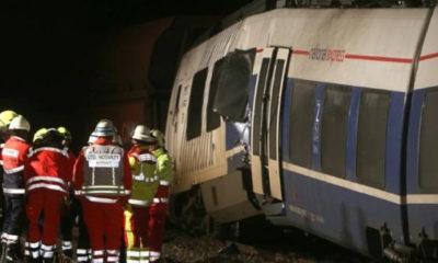 ဂ်ာမနီတြင္ ကုန္တင္ရထားအား ခရီးသည္တင္ရထားက ေနာက္မွတိုက္မိစဥ္ (ဓါတ္ပံု-အင္တာနက္)