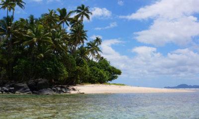 ဖီဂ်ီႏုိင္ငံ ေျမာက္ပုိင္း Vanua Levuကြ်န္းအနီးရွိ ပင္လယ္ျပင္အားေတြ႔ရစဥ္(ဓာတ္ပုံ-အင္တာနက္)