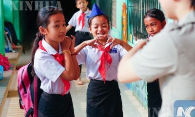 ၂၀၁၉ ခုနှစ်က လာအိုနိုင်ငံရှိ မူလတန်းကျောင်းသားများ ကျောင်းတက်နေသည့်မြင်ကွင်းများ ကို တွေ့ရစဉ်(ဆင်ဟွာ)
