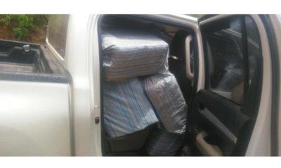 ရခိုင်ပြည်နယ်နှင့် ရှမ်းပြည်နယ်အတွင်း ဖမ်းဆီးရမိသောစိတ်ကြွရူးသွပ်ဆေး ပြားများအား တွေ့ရစဉ်(တပ်မတော် ကာကွယ်ရေးဦးစီးချုပ်ရုံး)