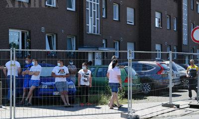 ဂျာမနီနိုင်ငံ North Rhine-Westphalia(NRW) ပြည်နယ် Güterslohခရိုင်တွင် လော့ခ်ဒေါင်းချ၍ ရောဂါစစ်ဆေးမှုများပြုလုပ်နေသည်ကို ဇွန် ၂၄ ရက်က တွေ့ရစဉ်(ဆင်ဟွာ)