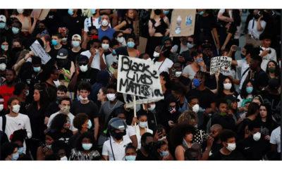လူမည်းအမျိုးသား သေဆုံးခဲ့ရမှုနှင့်ပတ်သက်၍ တရားမျှတမှုဖော်ဆောင်ပေးရန် ပြင်သစ်နိုင်ငံ ပါရီမြို့၌ ဇွန် ၂ ရက်က ဆန္ဒပြနေကြစဉ်(ဓာတ်ပုံ-အင်တာနက်)