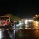 အောက်တိုဘာ ၅ ရက် ညပိုင်းက အမြန်လမ်းမကြီးပေါ်ဖြတ်သန်းလျက်ရှိသည့် ကုန်တင်ယာဉ်များအားတွေ့ရစဉ် (ဓာတ်ပုံ--အမြန်လမ်းမကြီးရဲတပ်ဖွဲ့မှူးရုံး)