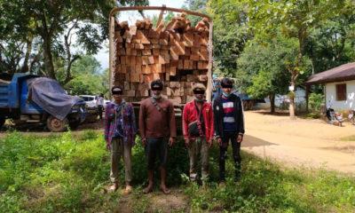 ကျိုင်းတုံမြို့နယ်၊ ကျိုင်းတုံ-မိုင်းဆတ်ကားလမ်းတွင် တရားမဝင်သစ်များ ဖမ်းဆီးရမိမှုအား တွေ့ရစဉ်( ဓာတ်ပုံ - Forest Department )