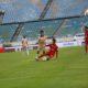 Myanmar National League ကလပ်အသင်း ၂သင်းမှ ကစားသမားများ ယှဉ်ပြိုင်ကစားနေသည်ကို တွေ့ရစဉ် (ဓာတ်ပုံ-- Myanmar National League)