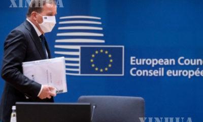 ဆွီဒင်ဝန်ကြီးချုပ် Stefan Löfven ဘယ်လ်ဂျီယံနိုင်ငံ ဘရပ်ဆဲလ်ရှိ ဥရောပသမဂ္ဂရုံးချုပ်သို့ ရောက်ရှိကာ ဥရောပသမဂ္ဂဆောင်းရာသီ ထိပ်သီးဆွေးနွေးပွဲ တက်ရောက်ရန်ပြင်ဆင်နေသည်ကို ဒီဇင်ဘာ ၁၀ ရက်က တွေ့ရစဉ်(ဆင်ဟွာ)