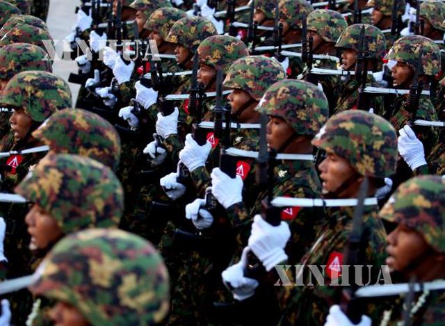 တပ်မတော်နေ့ အခမ်းအနားကျင်းပနေမှုအားတွေ့ရစဉ် (ဆင်ဟွာ)