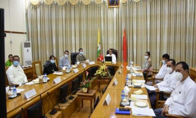 Virtual စနစ်ဖြင့်ကျင်းပပြုလုပ်သော (၁၉) ကြိမ်မြောက် မြန်မာ-တရုတ်နယ်စပ်ကုန်သွယ်ရေး (အွန်လိုင်း)ကုန်စည်ပြပွဲသို့ တက်ရောက်ကြသူများအား တွေ့ရစဉ်(ဓာတ်ပုံ - Ministry of Commerce)
