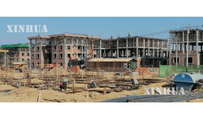 နေပြည်တော် အငြိမ်းစားဝန်ထမ်းအိမ်ယာ ဒုတိယအဆင့် ဆောက်လုပ်ရေး လုပ်ငန်းခွင်ကို တွေ့ရစဉ် (ဆင်ဟွာ)
