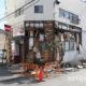 ဂျပန်နိုင်ငံ ဖူကူရှီးမားစီရင်စု ဆိုမာမြို့တွင် ငလျင်လှုပ်ခတ်ပြီးနောက် အဆောက်အဦနံရံများ ပြိုကျ ပျက်စီးနေသည်ကို ဖေဖော်ဝါရီ ၁၄ ရက် တွေ့ရစဉ်(ဆင်ဟွာ)